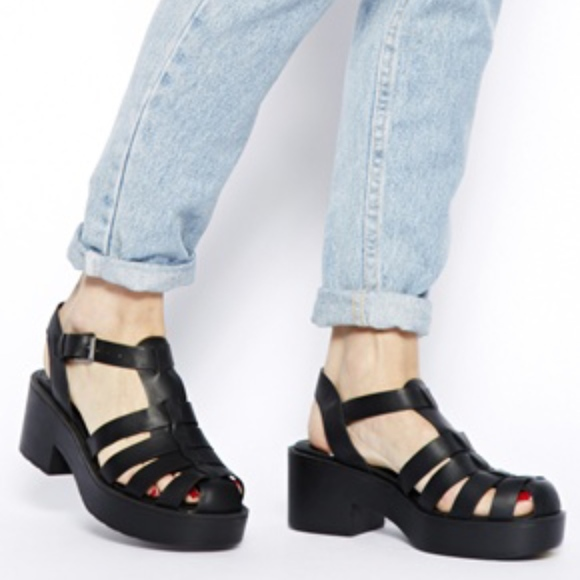 cb00f788814 ... Caged Heeled Sandals ASOS. M 5adc05932ab8c55a69b64204
